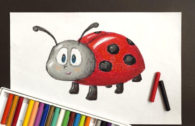 Χαριτωμένο σχέδιο κρητιδογραφιών κραγιονιών ladybug στοκ εικόνες με δικαίωμα ελεύθερης χρήσης