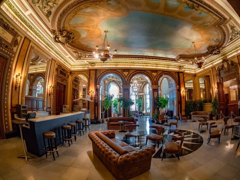 Χαρτοπαικτική λέσχη του Μόντε Κάρλο στο Μονακό, εσωτερική ευρεία άποψη στοκ εικόνες