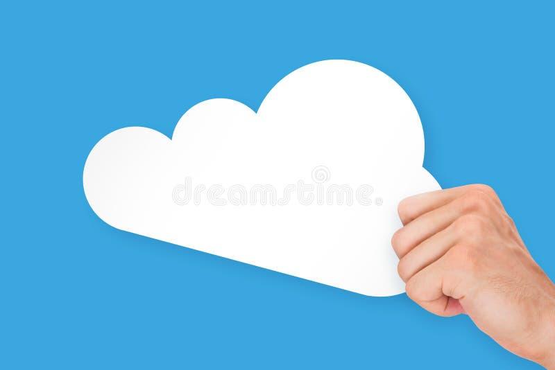 Χαρτόνι τεχνολογίας σύννεφων εκμετάλλευσης χεριών στοκ φωτογραφίες με δικαίωμα ελεύθερης χρήσης
