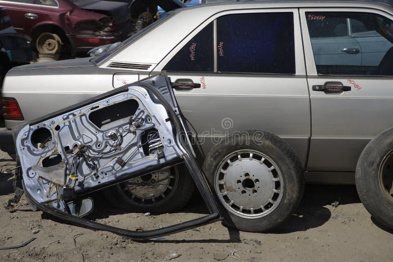 Χαλασμένα αυτοκίνητο και μέρη στοκ εικόνες