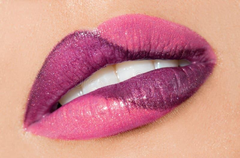 χείλια γυναικεία στοκ φωτογραφία με δικαίωμα ελεύθερης χρήσης
