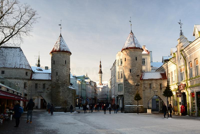Χειμερινή άποψη της πύλης Viru Ταλίν Εσθονία στοκ εικόνες