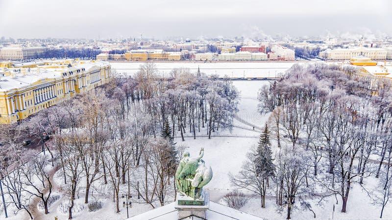 Χειμερινή άποψη του τετραγώνου Συγκλήτου στη Αγία Πετρούπολη πανόραμα για στοκ εικόνα με δικαίωμα ελεύθερης χρήσης