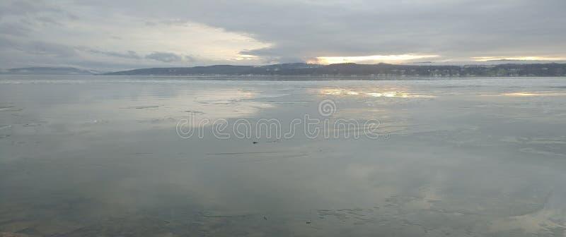 Χειμερινή λίμνη 3 στοκ φωτογραφία