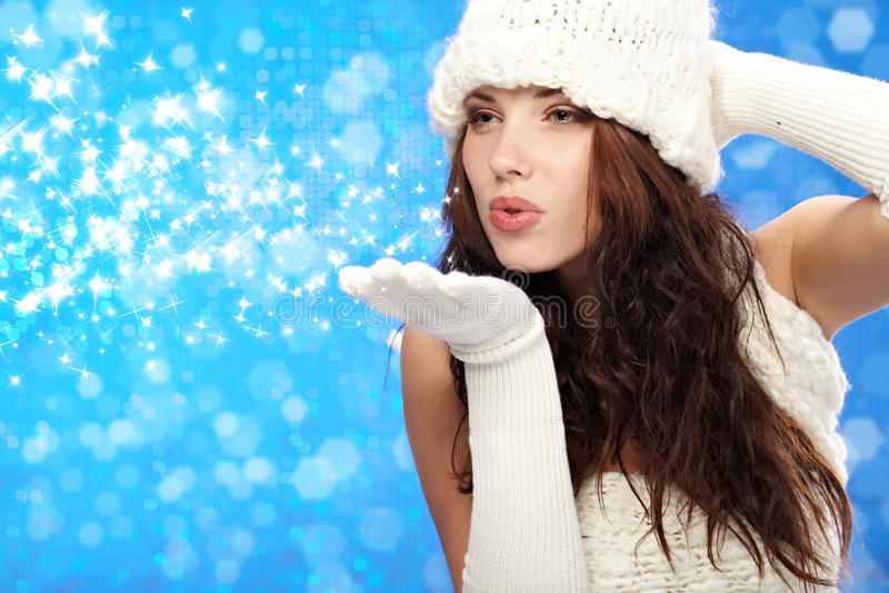 χειμερινή γυναίκα πορτρέτ&om στοκ εικόνα με δικαίωμα ελεύθερης χρήσης