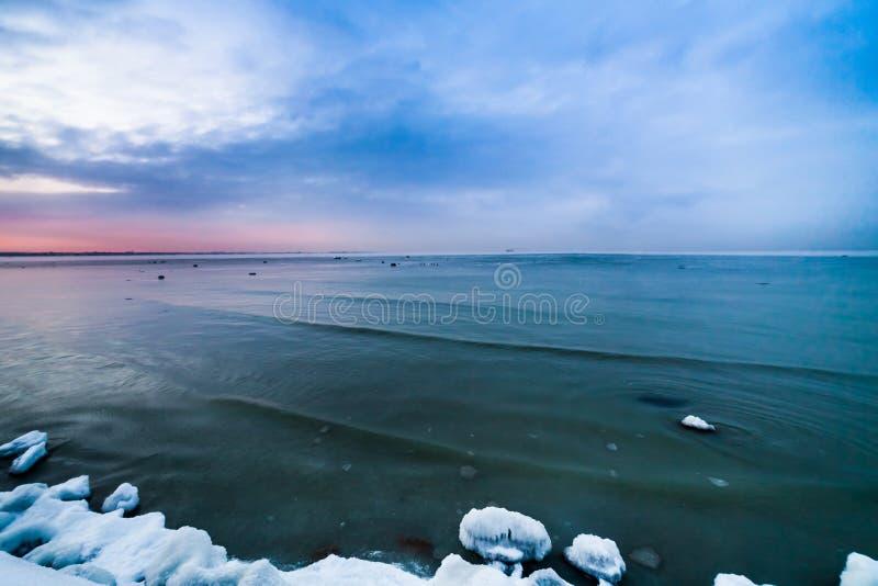 Χειμερινή παραλία στοκ φωτογραφία με δικαίωμα ελεύθερης χρήσης