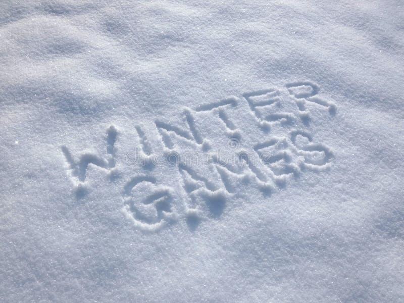 Χειμερινοί αγώνες - που γράφουν στο χιόνι στοκ εικόνα με δικαίωμα ελεύθερης χρήσης