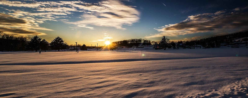 Χειμερινό ηλιοβασίλεμα στο πάρκο του Charles στοκ εικόνες με δικαίωμα ελεύθερης χρήσης