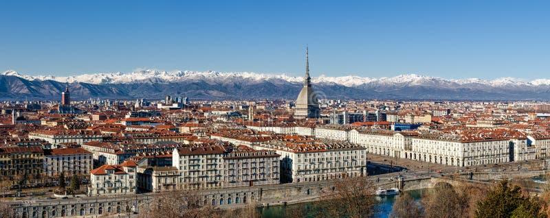 Χειμερινό πανόραμα του Τορίνου, Ιταλία στοκ εικόνα με δικαίωμα ελεύθερης χρήσης