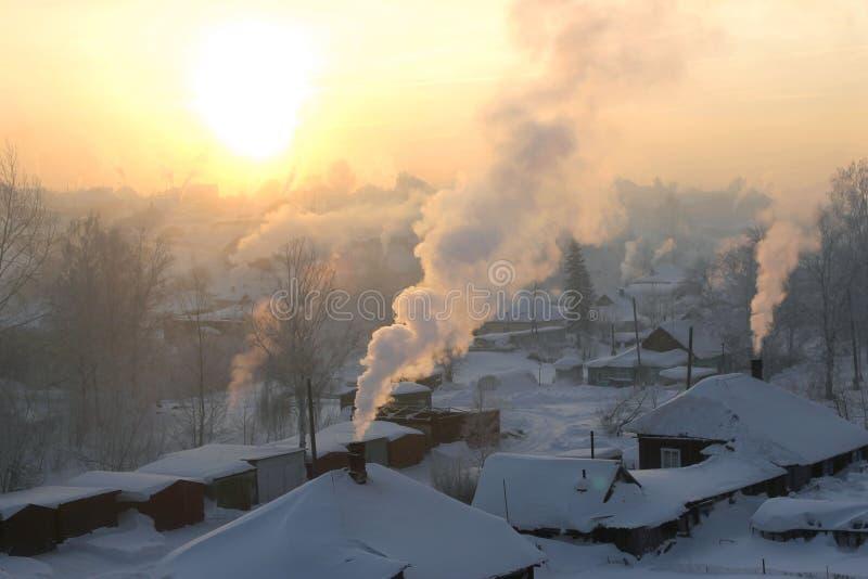 Χειμερινό πρωί στη Σιβηρία στοκ εικόνες
