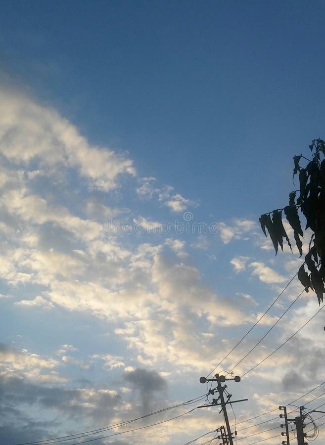 Χειμερινό σύννεφο πρωινού στοκ φωτογραφίες