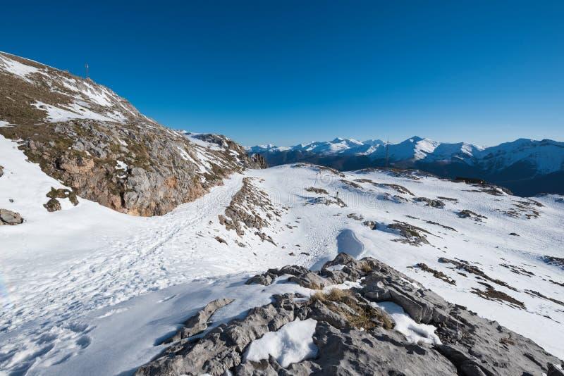 Χειμερινό τοπίο στα βουνά Picos de Ευρώπη, Cantabria, Ισπανία στοκ φωτογραφία με δικαίωμα ελεύθερης χρήσης