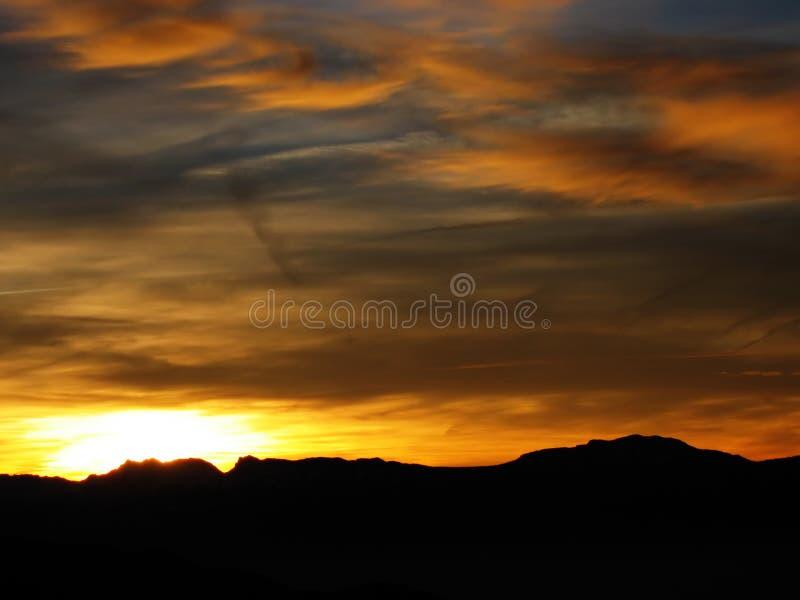 χειμώνας ηλιοβασιλέματ&omicr στοκ εικόνα με δικαίωμα ελεύθερης χρήσης