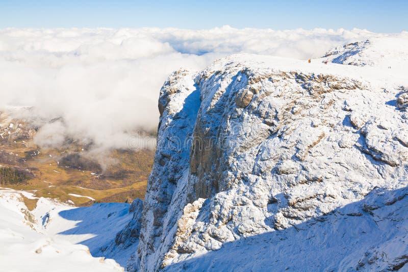 Χειμώνας ημέρας βουνών μοναδικός στοκ φωτογραφία με δικαίωμα ελεύθερης χρήσης