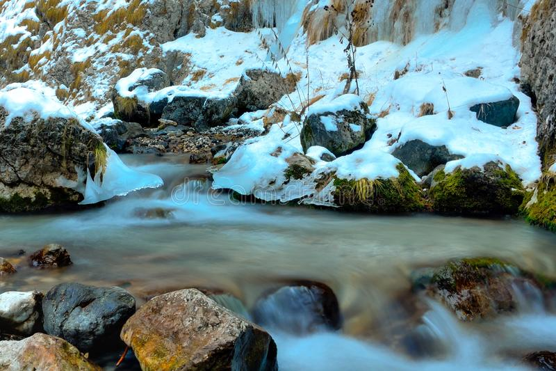 Χειμώνας πέρα από τους δολομίτες, Ιταλία στοκ εικόνες