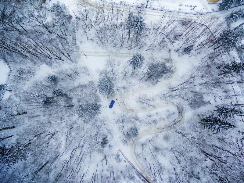 Χειμώνας σε Vilnius Λιθουανία: Δρόμος Seprentine Tuputiskes στοκ εικόνες