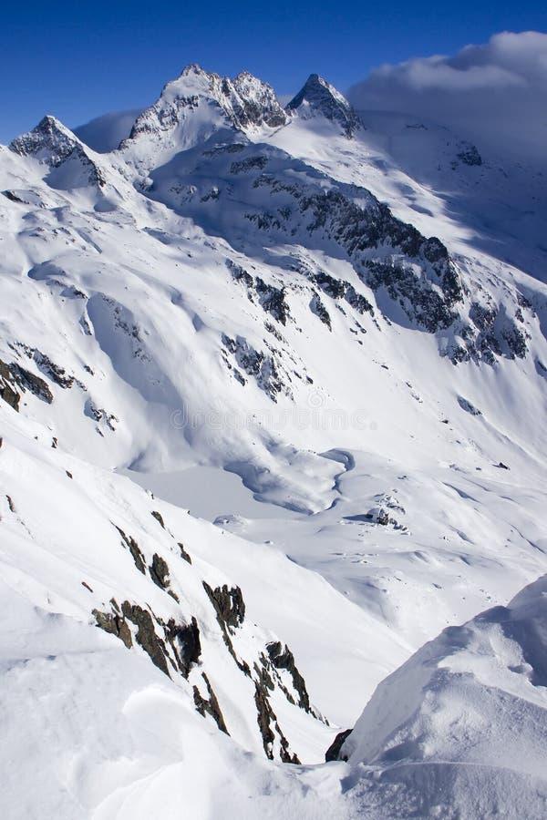 χειμώνας όψης βουνών στοκ εικόνα με δικαίωμα ελεύθερης χρήσης
