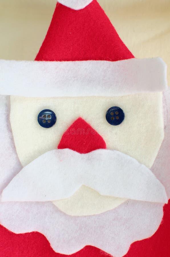 Χειροποίητη αισθητή διακόσμηση Χριστουγέννων Άγιου Βασίλη στοκ εικόνα με δικαίωμα ελεύθερης χρήσης