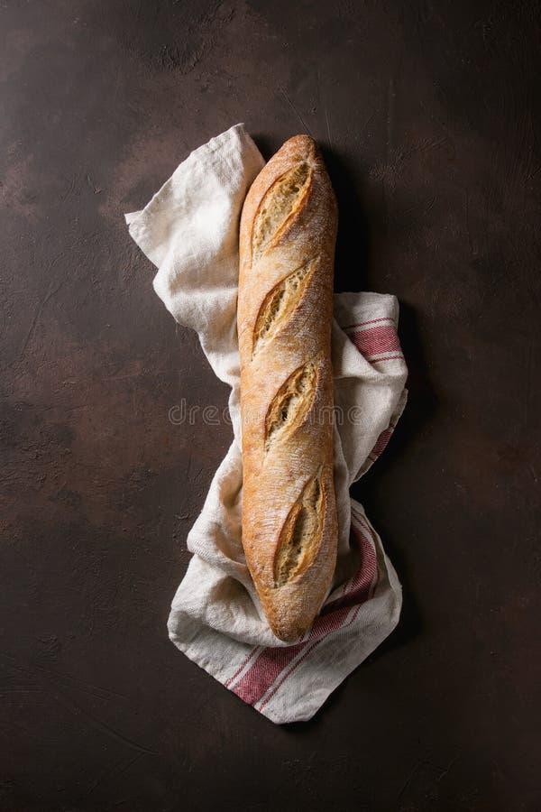 Χειροτεχνικό ψωμί baguette στοκ φωτογραφία με δικαίωμα ελεύθερης χρήσης