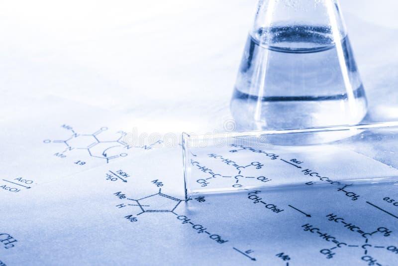 Χημεία στον τονισμό στοκ φωτογραφία με δικαίωμα ελεύθερης χρήσης