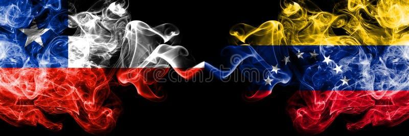 Χιλή εναντίον της Βενεζουέλας, της Βενεζουέλας καπνώείς απόκρυφες σημαίες που τοποθετούνται δίπλα-δίπλα Πυκνά χρωματισμένος μεταξ στοκ φωτογραφία με δικαίωμα ελεύθερης χρήσης
