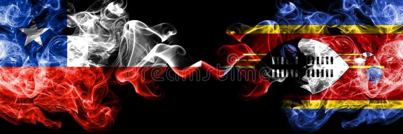 Χιλή εναντίον της Σουαζιλάνδης, σουαζηλανδικές καπνώείς απόκρυφες σημαίες που τοποθετούνται δίπλα-δίπλα Πυκνά χρωματισμένος μεταξ στοκ εικόνες με δικαίωμα ελεύθερης χρήσης