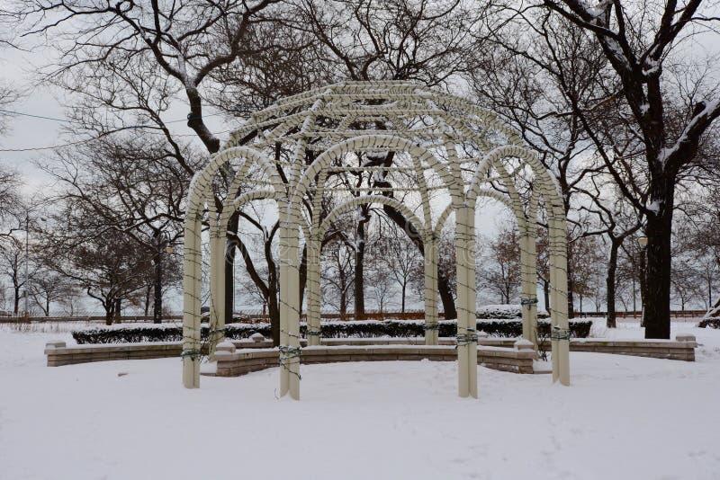 Χιονισμένος γάμος Gazebo στοκ φωτογραφίες με δικαίωμα ελεύθερης χρήσης