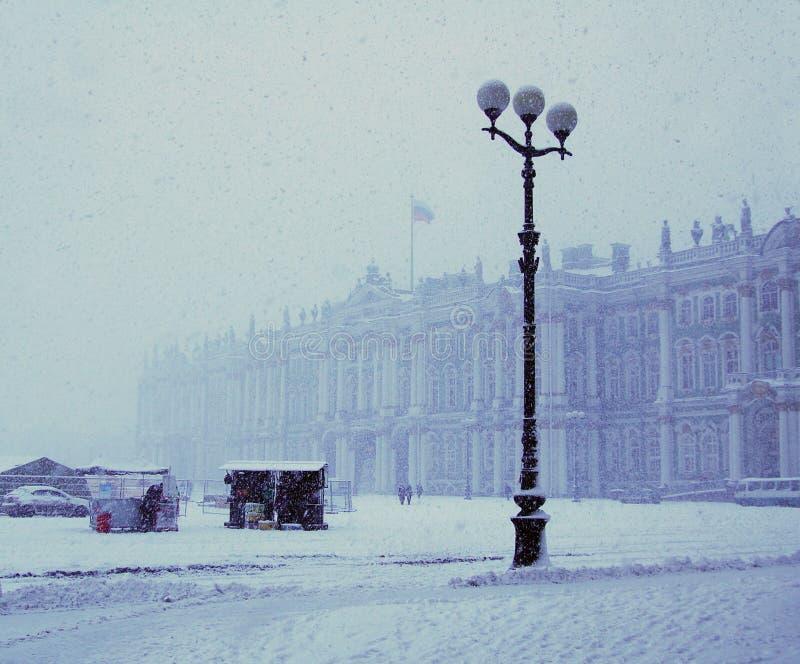 χιονοπτώσεις της Πετρούπ στοκ φωτογραφία