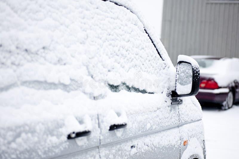 χιονώδες παράθυρο στοκ εικόνα με δικαίωμα ελεύθερης χρήσης