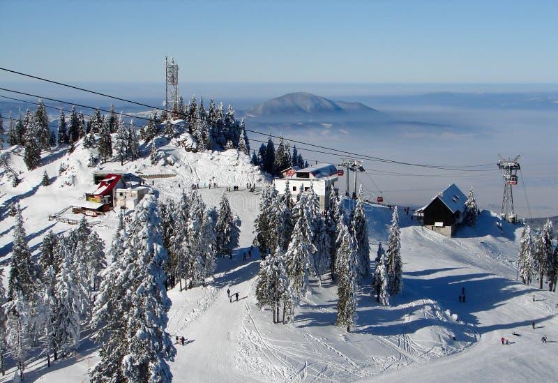 χιονώδης κορυφή βουνών στοκ εικόνα