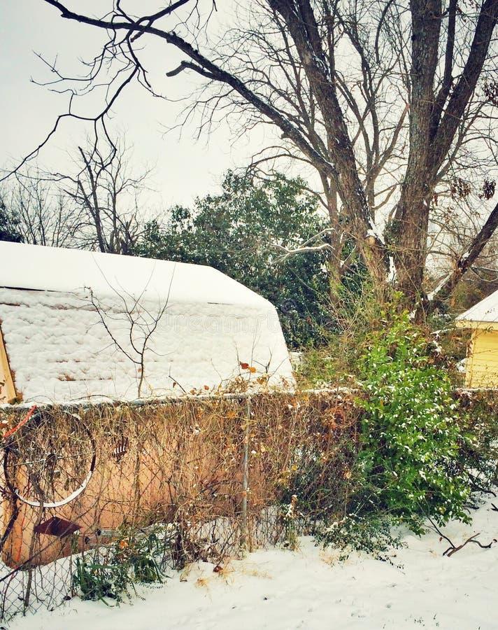 Χιονώδες υπόστεγο στοκ εικόνες
