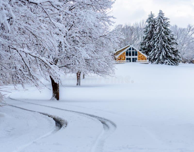 Χιονώδες driveway στοκ εικόνες