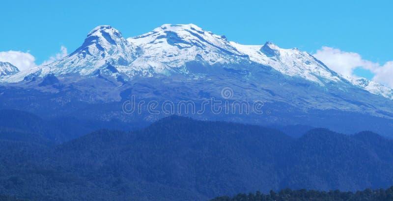 Χιονώδες Iztlacihuatl στοκ εικόνες