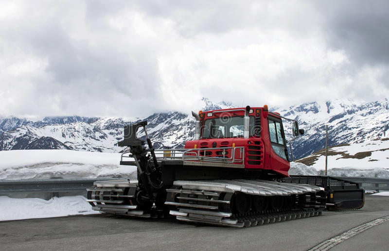 χιόνι αφαίρεσης μηχανών στοκ εικόνα με δικαίωμα ελεύθερης χρήσης