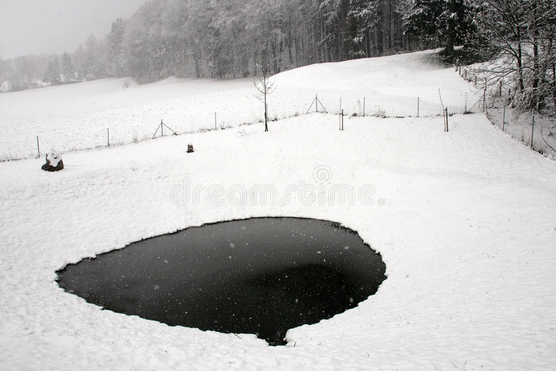 χιόνι λιμνών πάγου στοκ εικόνα με δικαίωμα ελεύθερης χρήσης