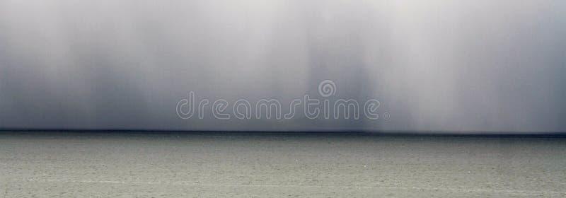 Χιόνι στη λίμνη στοκ εικόνες με δικαίωμα ελεύθερης χρήσης