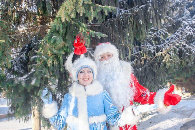 χιόνι santa κοριτσιών Claus στοκ εικόνες με δικαίωμα ελεύθερης χρήσης
