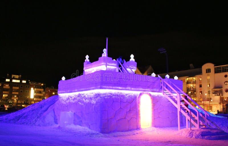 Χιόνι sastle το νότιο λιμάνι σε LuleÃ¥ στοκ εικόνα