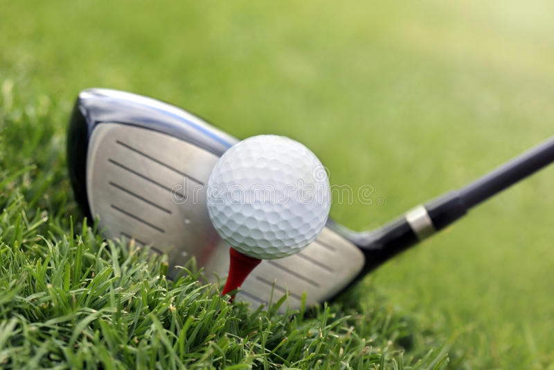 χλόη γκολφ λεσχών σφαιρών στοκ φωτογραφίες με δικαίωμα ελεύθερης χρήσης
