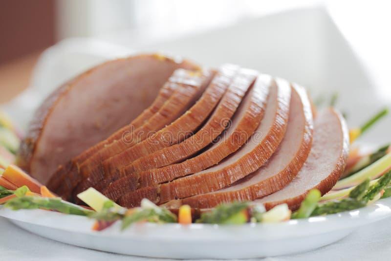 Download χοιρινό κρέας ζαμπόν ρηχό στοκ εικόνες. εικόνα από μερίδα - 13176500