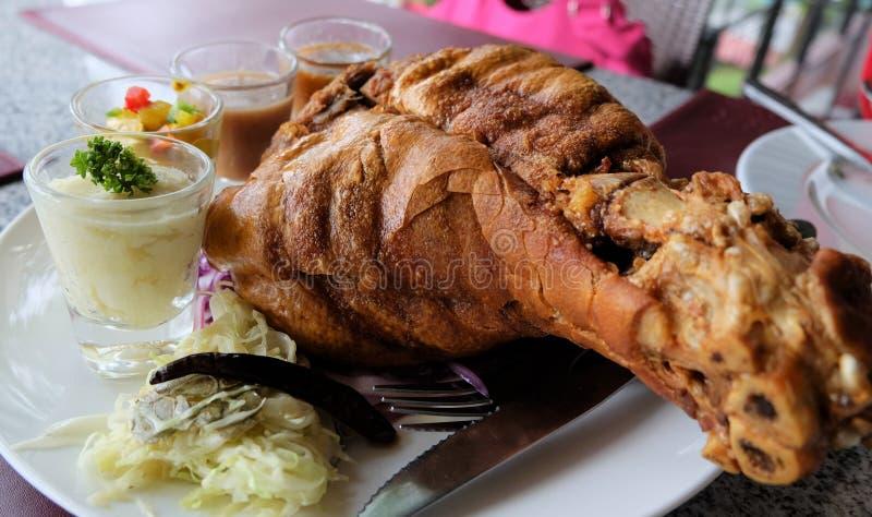 Χοιρινό κρέας που τηγανίζεται στοκ εικόνα με δικαίωμα ελεύθερης χρήσης