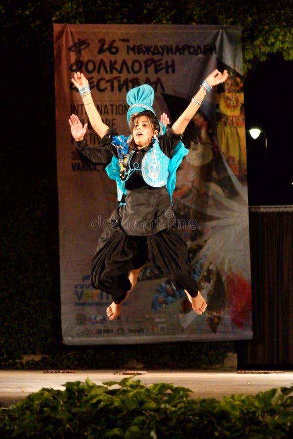 Χορευτές από τη σκηνική απόδοση της Ινδίας στοκ φωτογραφία
