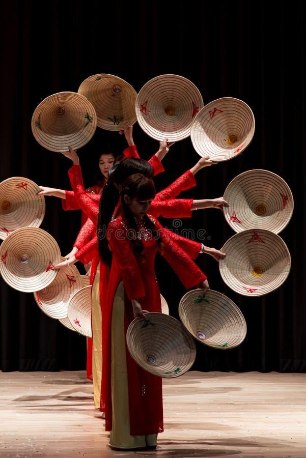Χορευτές - διεθνές φεστιβάλ χορού στοκ εικόνα