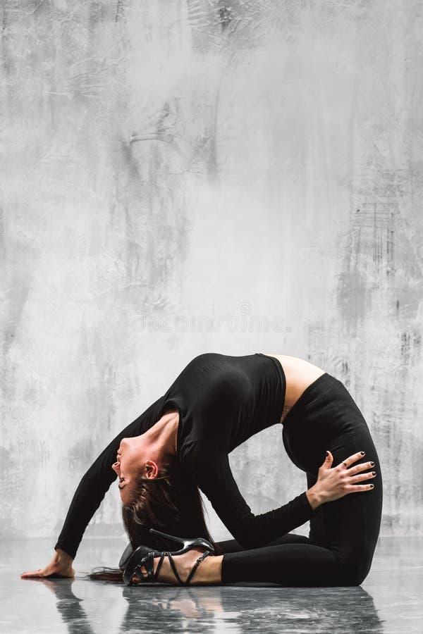 Χορευτής λουρίδων στοκ φωτογραφία με δικαίωμα ελεύθερης χρήσης