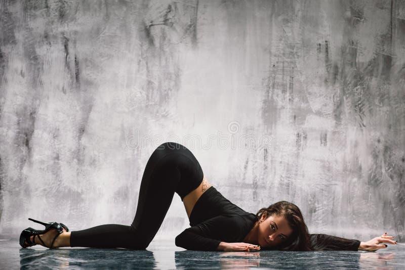 Χορευτής λουρίδων στοκ φωτογραφίες με δικαίωμα ελεύθερης χρήσης