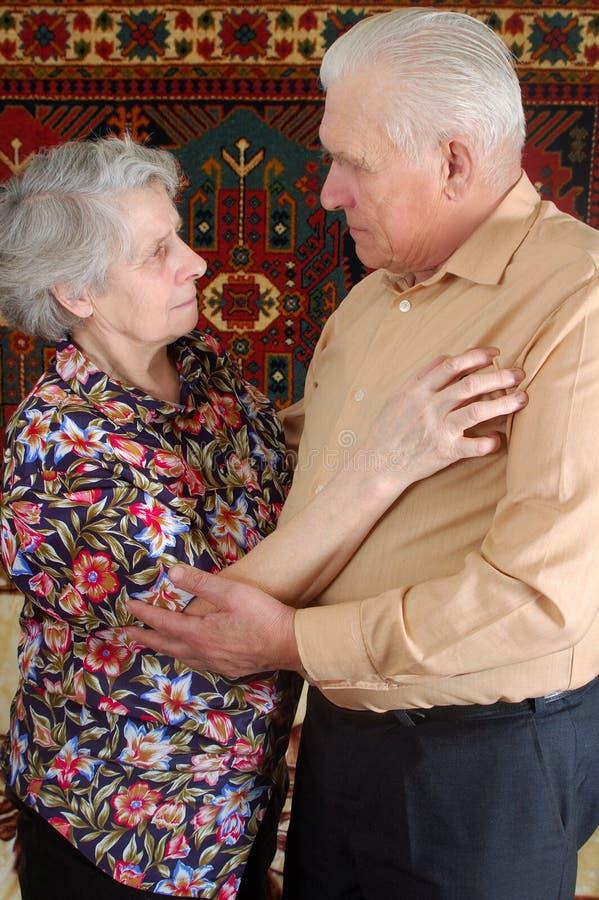 Χορεύοντας ανώτερο ζεύγος στοκ εικόνα με δικαίωμα ελεύθερης χρήσης