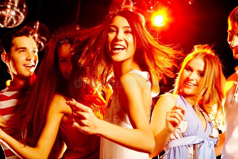χορεύοντας συμβαλλόμεν στοκ φωτογραφίες με δικαίωμα ελεύθερης χρήσης