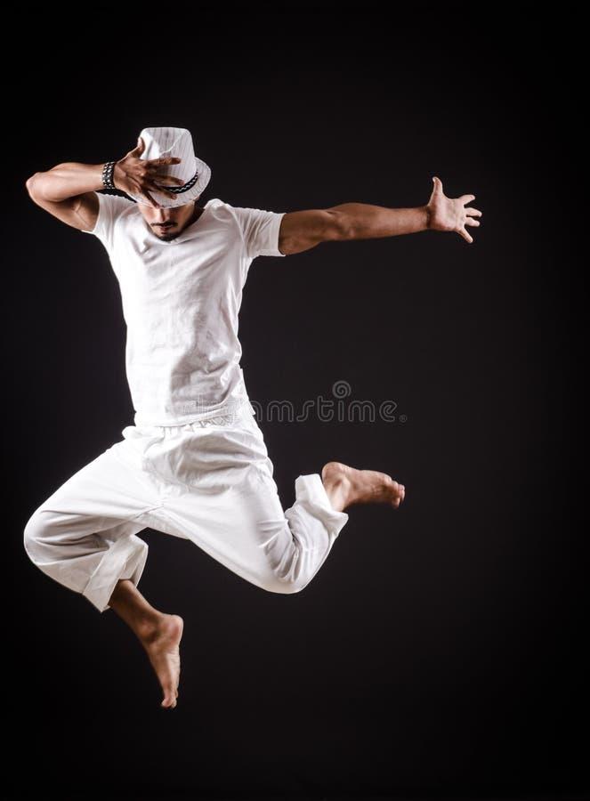 Χοροί χορού χορευτών στοκ φωτογραφία με δικαίωμα ελεύθερης χρήσης