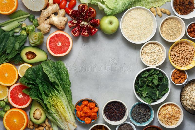 Χορτοφάγα υγιή δημητριακά σπόρων φρούτων λαχανικών τροφίμων superfood στοκ φωτογραφία