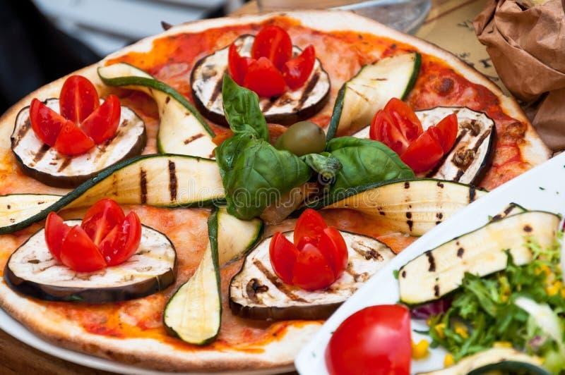 Χορτοφάγος πίτσα στοκ φωτογραφία με δικαίωμα ελεύθερης χρήσης